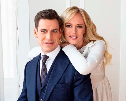 Дмитрий Дюжев наконец-то опубликовал фото с женой
