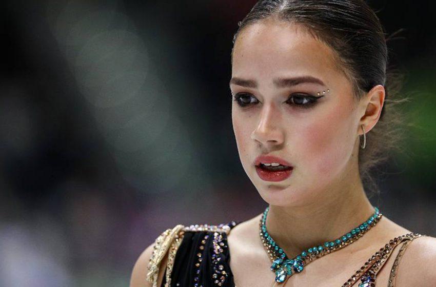 Спортсменка и красавица. Олимпийская чемпионка Алина Загитова отметила свое 18-летие