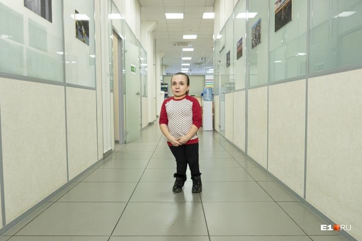 Как живет и выглядит самая маленькая мама России