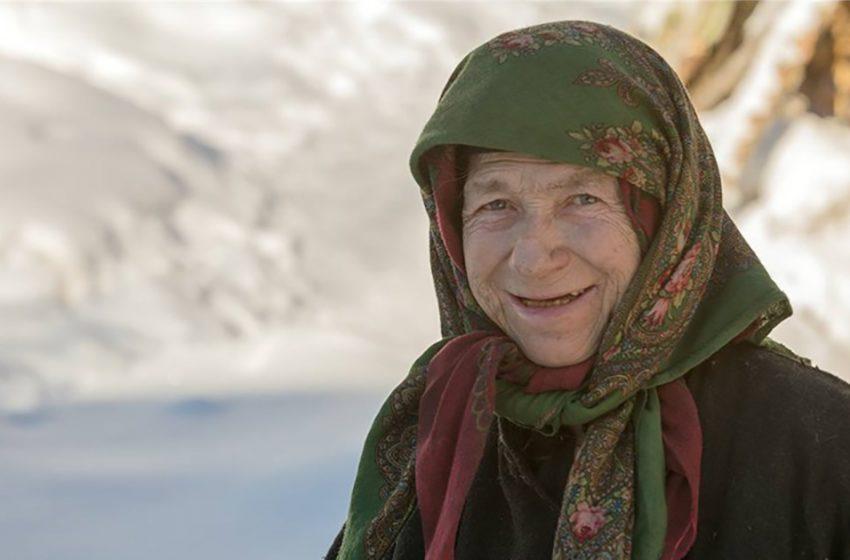 «Жизнь наладилась»: отшельница Лыкова переехала в собственный дом