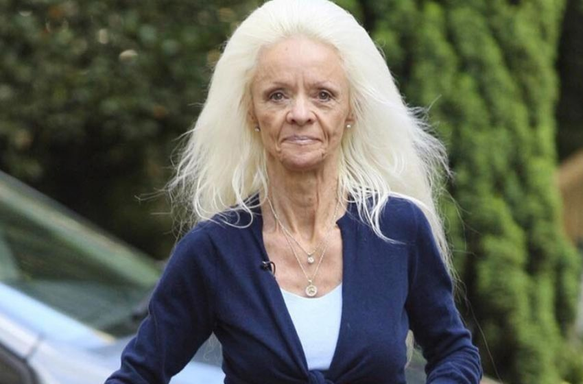 «Это невероятно!»: как сегодня выглядит женщина, которая растила ногти на протяжении 42 лет?
