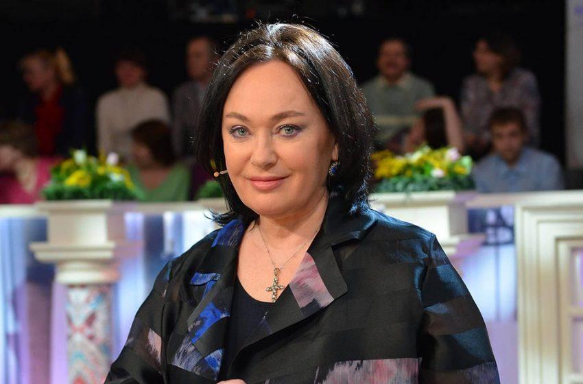 «Строит из себя девочку»: 61-летняя Гузеева попала под критику недоброжелателей, примерив молодежные образы