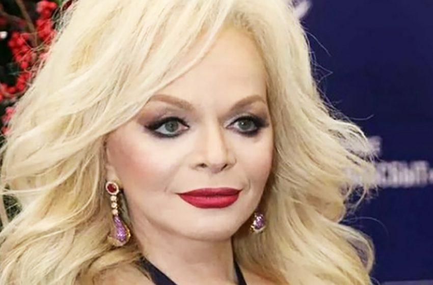 «Это Жанна Агузарова?»: фанаты не признали Ларису Долину без грима
