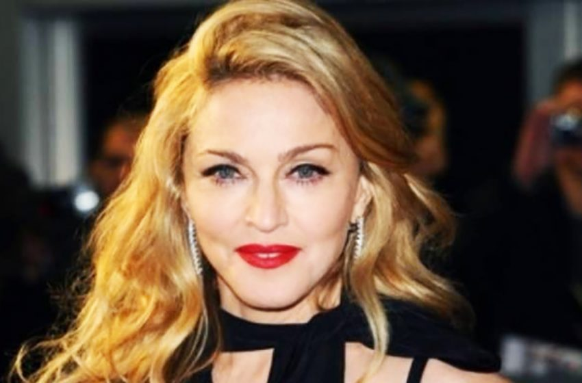 «На самом деле она обычная морщинистая бабка»: честные кадры Мадонны расстроили ее фанатов